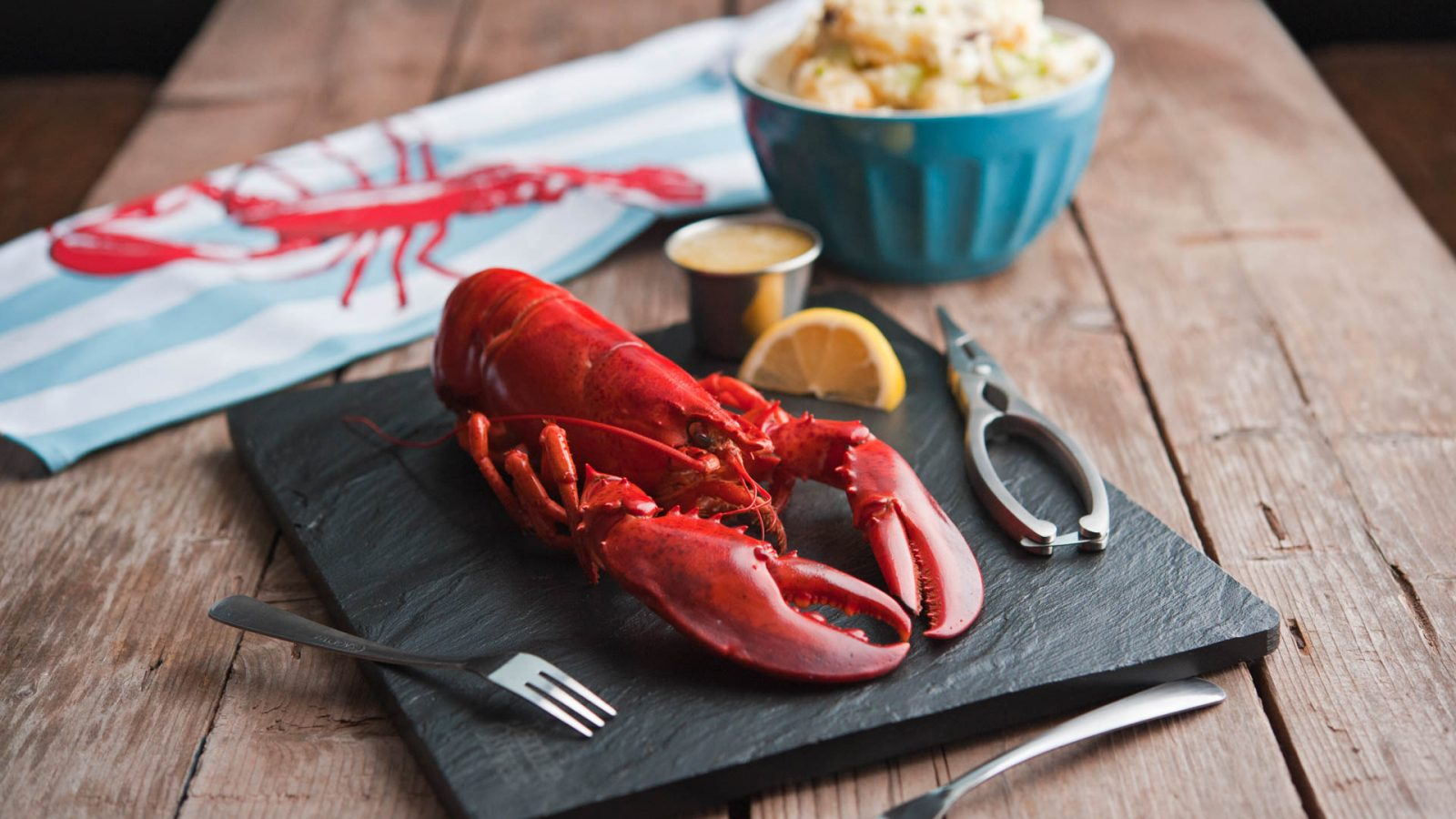 Whole Cooked PEI Lobster